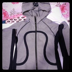 Lululemon hoodie.Worn only few times.